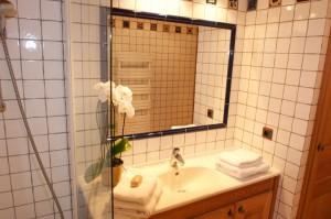 8-salle-de-bain-chalet-pourse