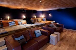 SCP16-salle-cinema-chalet